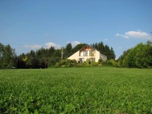 Vakantiehuis Ardennen Le Ciel et La Roche bij daglicht (3)
