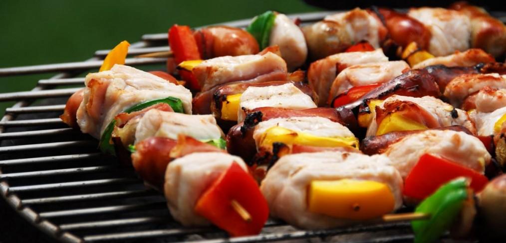 barbecue-brochetten-mooi weer-le Ciel et la Roche