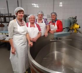 4 vrouwen-la Fromagerie des Tourelles- Erezée-Le Ciel et l aRoche
